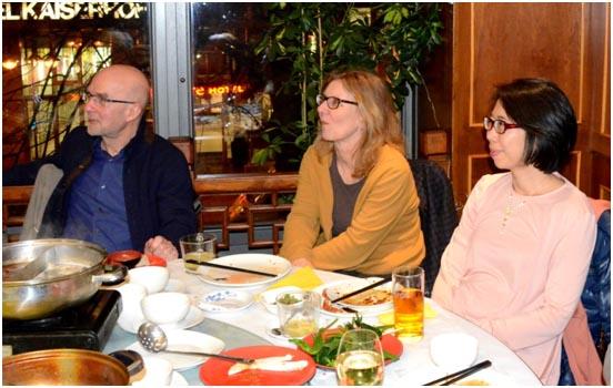 Gäste der 20-Jahr-Feier der DCAP